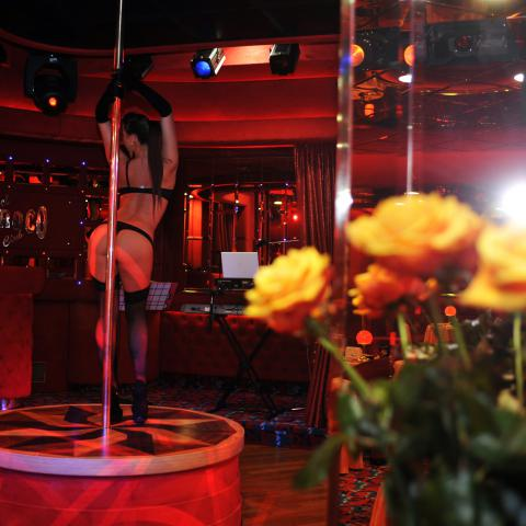 Night Club Milan Lap Dance